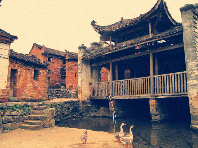 Fuxi, My Hometown, the Ancient Cultural Village