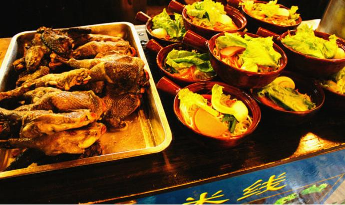 Lijiang Dining Guide - Snacks in Lijiang Ancient Town