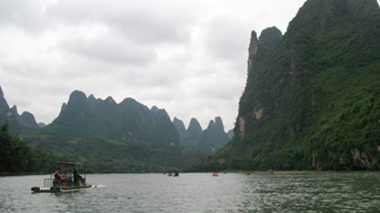 Bamboo Raft Cruise from Xingping to Yangdi