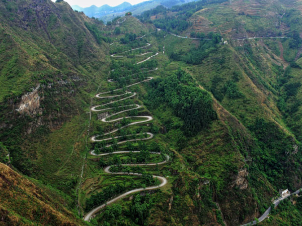 Top 10 Most Beautiful Highways in China - The 24 Zigzags