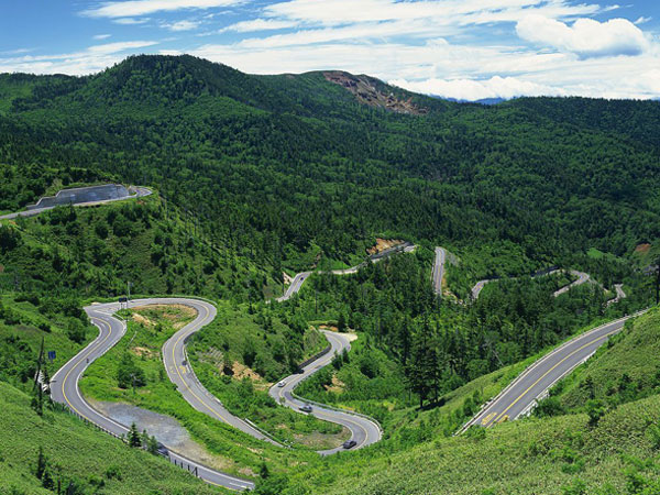 Top 10 Most Beautiful Highways in China - Aizhai Winding Mountain Road