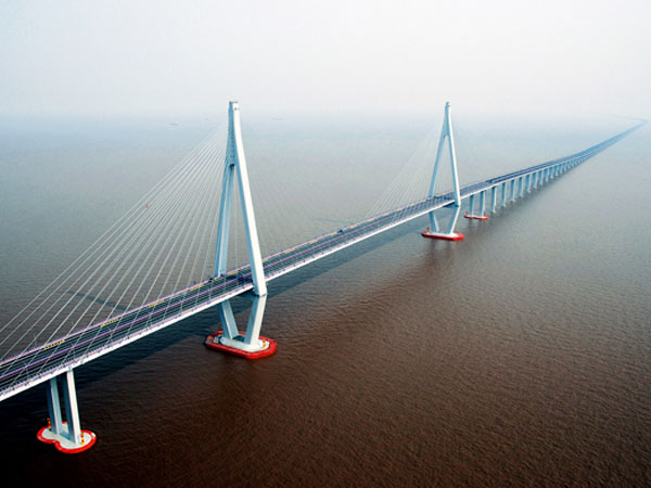 Top 10 Most Beautiful Highways in China- Hangzhou Bay Bridge