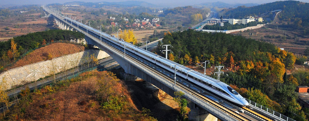 https://www.topchinatravel.com/pic/china-guide/china-high-speed-train.jpg