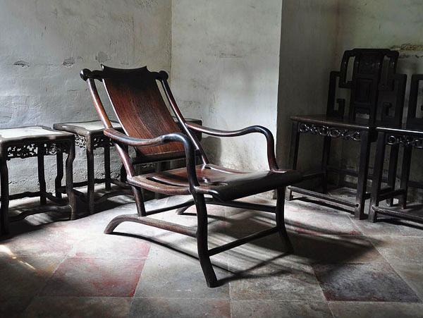 Superb Qing Dynasty Furniture