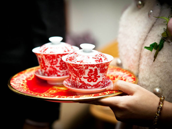 tea serving in china
