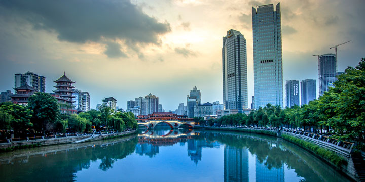How to Spend a 12 Hour Layover in Chengdu