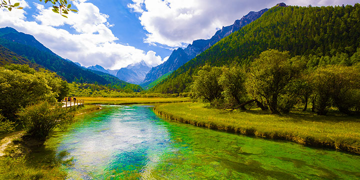 Jiuzhaigou-plan a trip to China from Czech Republic