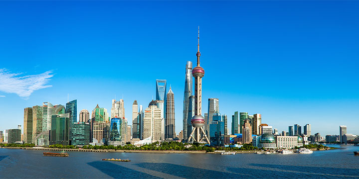 Shanghai oriental pearl tower-plan a trip to China from poland