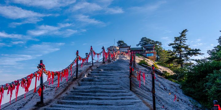 Mount Huashan-plan a trip to China from Russia