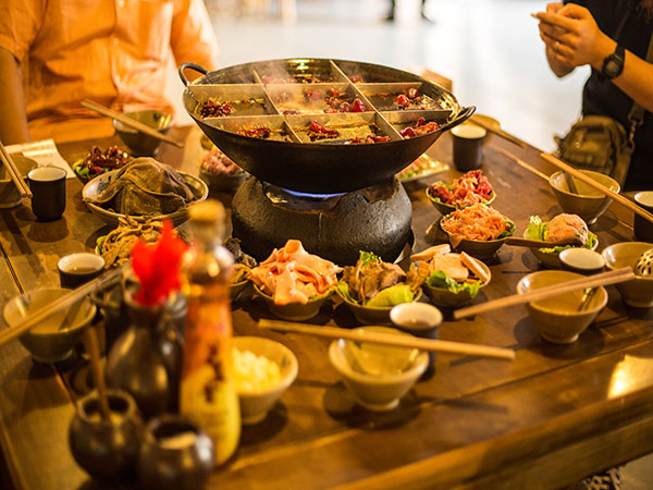Taste the Chengdu Hot Pot