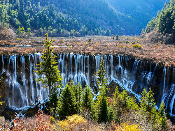 6 Days Chengdu to Jiuzhaigou Tour