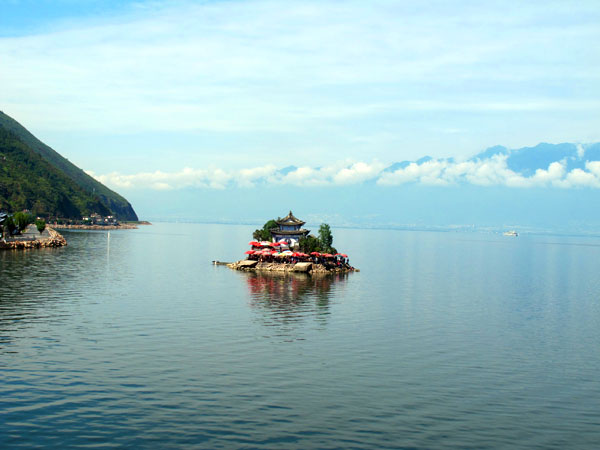 Most Famous Lakes in China-Dali Erhai Lake