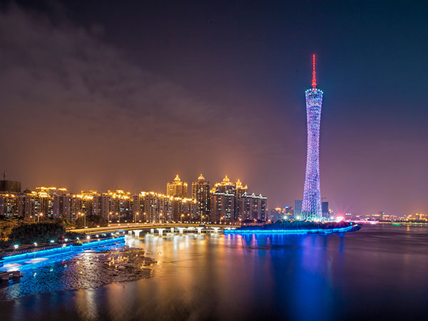 Famous Landmarks in China - Guangzhou TV&Sightseeing Tower