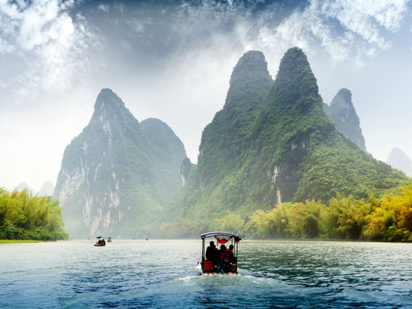 A Wonderful Hiking Day along the Li River