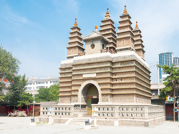 Five Pagodas Temple