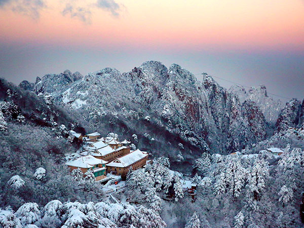 Mount Huangshan winter-Huangshan VS Huashan, which is better to visit