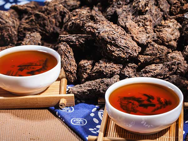 Experience the Puer Tea Culture