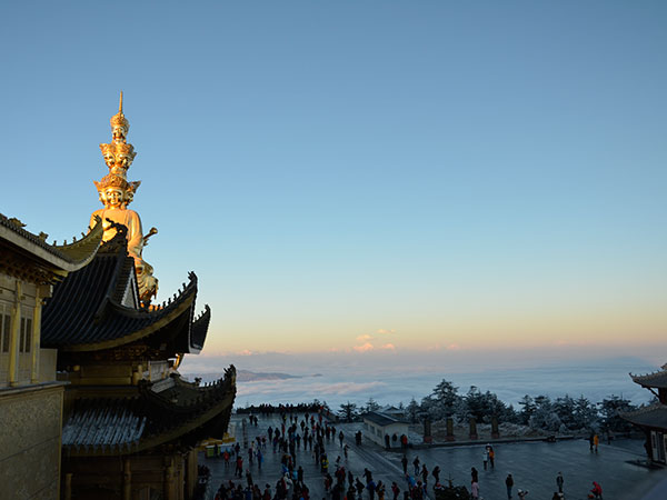 Top 5 Famous Buddhist Mountain in China - Mount Emei