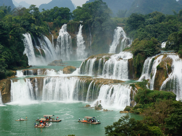 5 Days Tour from Nanning to Detian Waterfall