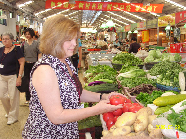 Be Shanghainese for One Day to Experience Local Daily Life