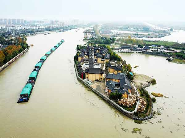 Enjoy a Cruise on Suzhou Grand Canal
