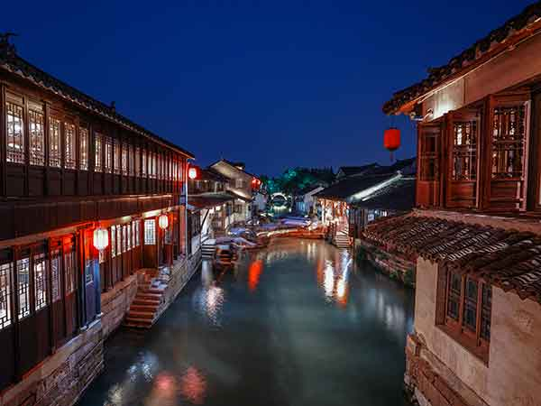 How to Get to Zhouzhuang Water Town from Shanghai