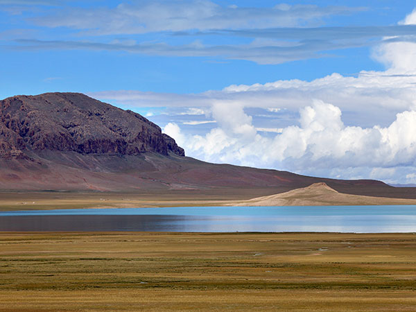 The World's Highest Plateau-Qinghai-Tibet Plateau