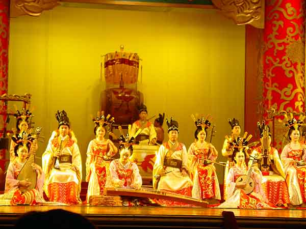 Enjoy Tang Dynasty Show