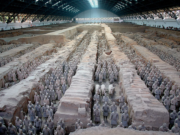 One Day Xian Bus Tour to Qin Terracotta Army & Big Wild Goose Pagoda