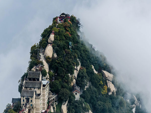 Mount Huashan-Huangshan VS Huashan, which is better to visit