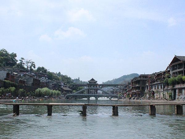 xizhou bronze pillar at  furong ancient town