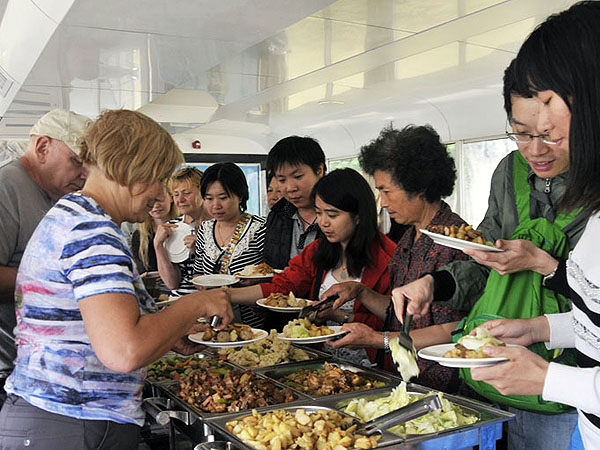 Li River Cruise Buffet Lunch